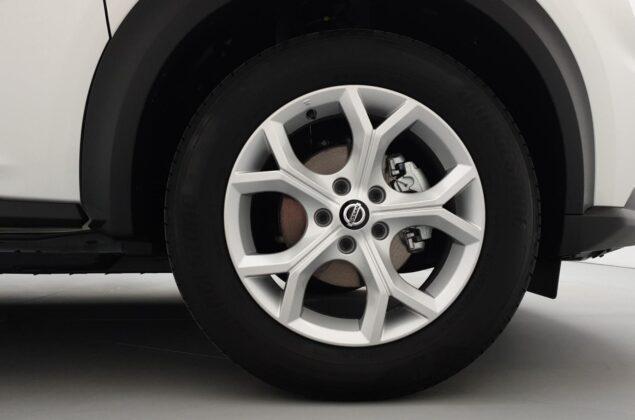 Nissan Juke - QAB - biały perłowy - Nissan Odyssey