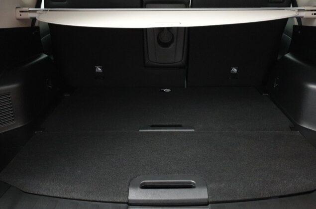 Nissan X-Trail - QAB - biały perłowy - Nissan Odyssey