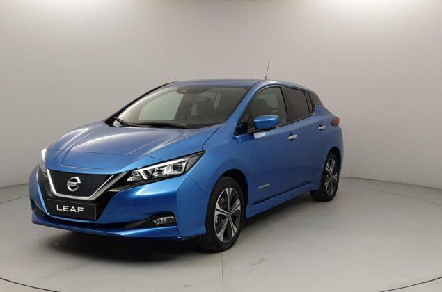 Nissan Leaf - RCA - niebieski metalizowany - Nissan Odyssey