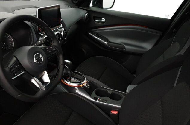 Nissan Juke - NBQ - burgundowy metalizowany - Nissan Odyssey