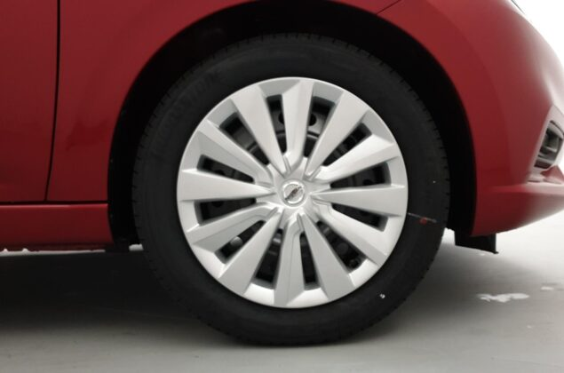 Nissan Micra - NBD - czerwony metalizowany - Nissan Odyssey