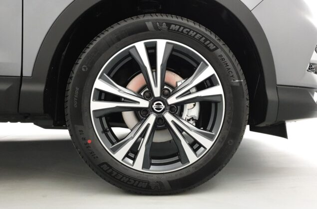 Nissan Qashqai - KAD - szary metalizowany - Nissan Odyssey