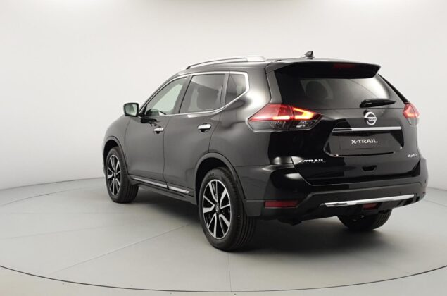 Nissan X-Trail - G41 - czarny metalizowany - Nissan Odyssey