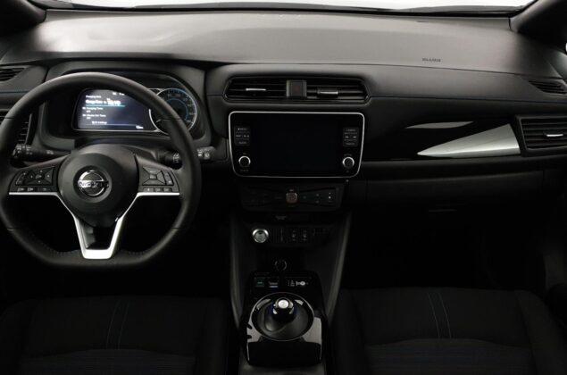 Nissan Leaf - XFU - szary ceramiczny + czarny dach - Nissan Odyssey